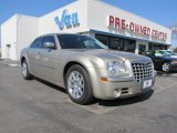 2008 Light Sandstone Metallic Chrysler 300 C HEMI #45955371