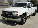2005 Chevrolet Silverado 2500HD LT Extended Cab Data, Info and Specs