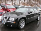 2008 Brilliant Black Crystal Pearl Chrysler 300 Limited #46070585