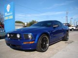 Ford Mustang 2005 Data, Info and Specs