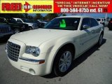 2008 Cool Vanilla White Chrysler 300 C HEMI #46318282