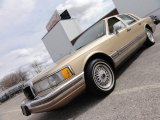 1990 Bisque Frost Metallic Lincoln Town Car Cartier #46337208