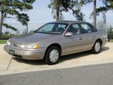 Ford Taurus 1995 Data, Info and Specs