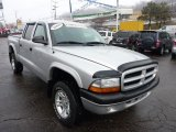 2003 Dodge Dakota Sport Quad Cab 4x4 Data, Info and Specs
