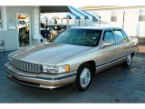 Cadillac DeVille 1996 Data, Info and Specs