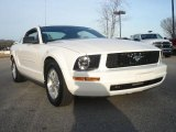 2006 Performance White Ford Mustang V6 Premium Coupe #46654268