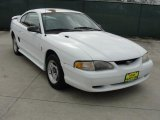 1996 Crystal White Ford Mustang V6 Coupe #46776602