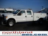 2011 Ford F350 Super Duty XL Crew Cab 4x4 Chassis Commercial Data, Info and Specs