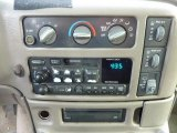 2002 Chevrolet Astro LS AWD Controls