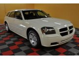 2005 Cool Vanilla White Dodge Magnum SE #46869984