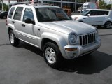 2002 Bright Silver Metallic Jeep Liberty Limited #46870307