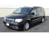 2011 Chrysler Town & Country Brilliant Black Crystal Pearl