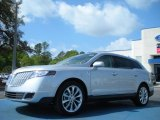 Lincoln MKT 2011 Data, Info and Specs