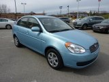 Hyundai Accent 2010 Data, Info and Specs