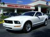 2005 Performance White Ford Mustang V6 Premium Coupe #442425