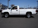 Summit White Chevrolet Silverado 2500HD in 2004