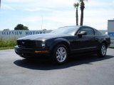 2007 Black Ford Mustang V6 Deluxe Coupe #442134