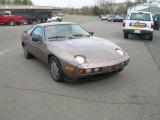 Porsche 928 1983 Data, Info and Specs