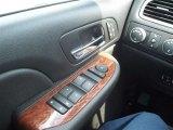 2007 GMC Sierra 2500HD Remington Edition Crew Cab 4x4 Controls