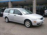 2005 Liquid Grey Metallic Ford Focus ZXW SE Wagon #47635657