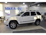 2006 Stone White Jeep Grand Cherokee Limited #47705037