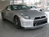 Nissan GT-R 2012 Data, Info and Specs