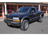 2002 Chevrolet S10 ZR2 Extended Cab 4x4 Data, Info and Specs