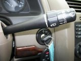 2005 Chevrolet Malibu Maxx LS Wagon Controls