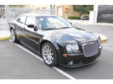Chrysler 300 2005 Data, Info and Specs