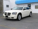 2005 Cool Vanilla White Dodge Magnum SXT AWD #48025247