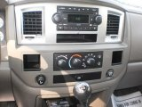 2007 Dodge Ram 3500 SLT Quad Cab 4x4 Dually Controls