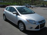 2012 Ford Focus SE 5-Door Data, Info and Specs