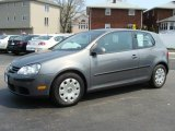 Volkswagen Rabbit 2008 Data, Info and Specs
