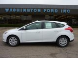 2012 Oxford White Ford Focus SE 5-Door #48387579
