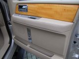 2007 Lincoln Navigator Ultimate Door Panel