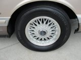 Lincoln Town Car 1993 Wheels and Tires