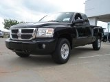 2011 Dodge Dakota ST Extended Cab 4x4 Data, Info and Specs