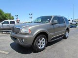 Lincoln Aviator 2004 Data, Info and Specs