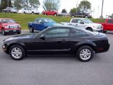 2007 Black Ford Mustang V6 Deluxe Coupe #49050842