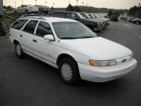 Ford Taurus 1993 Data, Info and Specs
