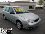 2005 CD Silver Metallic Ford Focus ZXW SE Wagon #49299688