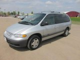Chrysler Grand Voyager Data, Info and Specs