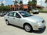 2005 CD Silver Metallic Ford Focus ZX4 SE Sedan #49514604