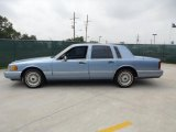 Lincoln Town Car 1994 Data, Info and Specs