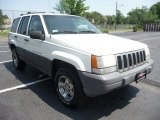 1996 Stone White Jeep Grand Cherokee Laredo 4x4 #50085669