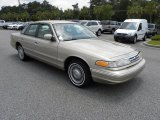 Ford Crown Victoria 1997 Data, Info and Specs