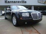 2005 Brilliant Black Crystal Pearl Chrysler 300 Touring #50329847
