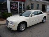 2005 Cool Vanilla Chrysler 300 Touring #50380526