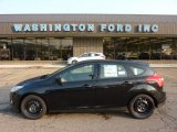 2012 Tuxedo Black Metallic Ford Focus SE 5-Door #50380481