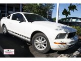 2005 Performance White Ford Mustang V6 Deluxe Coupe #50600799